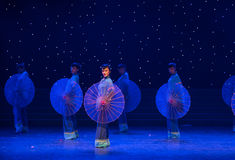 Oiled paper umbrella-Chinese folk dance Royalty Free Stock Photos