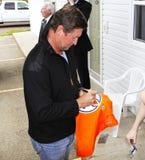 Oilers του Έντμοντον αυτόγραφων του Wayne Gretzky πουκάμισο στοκ εικόνα