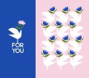 Oiseau élégant avec l'usine de floraison Ornement floral décoratif Photos libres de droits