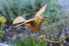 Oiseau en métal photographie stock libre de droits
