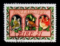 Oiseaux ; chanson d'illustration les douze jours de Noël, serie 1987 de Noël, vers 1987 image stock