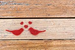 Oiseaux rouges d'amour Image libre de droits