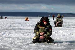Oitavo campeonato da pesca do gelo do mundo na região de Kharkiv, Ucrânia os 5-6 de fevereiro de 2011 Foto de Stock Royalty Free