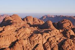 Ojämn bergstopp Royaltyfri Foto