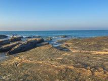 Ojämn strand, Macae, RJ, Brasilien Royaltyfri Bild
