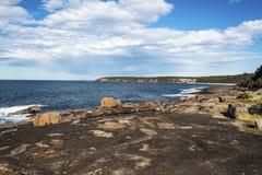 Ojämn sydkust NSW Australien royaltyfria foton