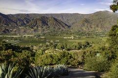 Ojai从山的谷视图 库存图片