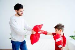 Ojca i syna boks Zdjęcie Stock