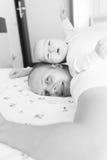 Ojca i syna odpoczywać Zdjęcie Royalty Free
