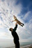 ojciec bawić się syna Fotografia Stock