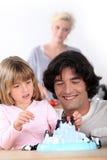 Ojciec bawić się z jego córką obraz royalty free