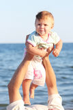 Ojciec i córka na morzu Obrazy Stock