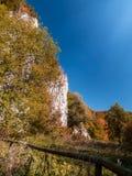 Ojcow Nationaal Park in de herfst, Polen Stock Foto's