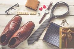 Ojcuje ` s dnia prezent i formułuje ` ojca dnia ` obraz stock