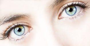 Ojo de la muchacha Foto de archivo libre de regalías