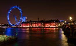 Ojo de Londres de Londres Inglaterra en la noche Imágenes de archivo libres de regalías
