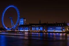 Ojo de Londres de Londres Inglaterra en la noche Imagen de archivo libre de regalías