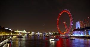 Ojo de Londres en la noche almacen de metraje de vídeo