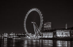 Ojo de Londres por noche Fotos de archivo libres de regalías
