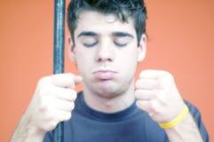 Ojos cerrados - varón joven Imagen de archivo