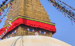 Ojos de la sabiduría, templo de Bodhnath, Nepal fotos de archivo libres de regalías