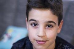Ojos de un muchacho imagen de archivo