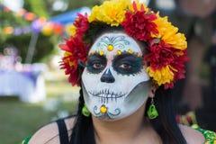 Okänd kvinna på den 15th årliga dagen den döda festivalen Royaltyfria Bilder