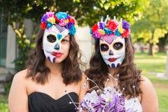 Okända flickor på den 15th årliga dagen av den döda festivalen Royaltyfria Bilder