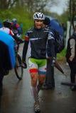 Okända mountainbikecyklister Arkivbilder