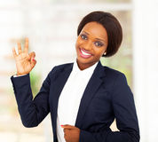 Ok africain de femme d'affaires Photographie stock