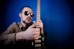 ok tecken för gitarrist Royaltyfri Bild