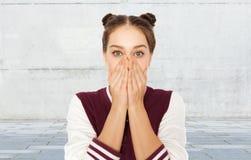 Okaleczająca lub zmieszana nastoletnia dziewczyna obrazy stock