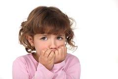 Okaleczająca mała dziewczynka Zdjęcia Royalty Free