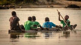 Okavango pojkar royaltyfria foton