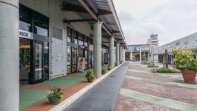 OKINAWA JAPONIA, Kwiecień, - 20, 2017: Ashibina ujścia centrum handlowe w Okinaw Obraz Stock