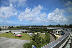 OKINAWA - 8. OKTOBER: Flughafen JASDF Naha - Militärstützpunkt in Okinawa, Japan am 8. Oktober 2016 Lizenzfreie Stockbilder