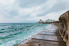 Okinawa vågbrytare arkivfoton