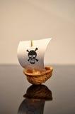 Okkernootboot Royalty-vrije Stock Afbeeldingen