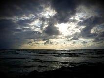 oklarheter över havet Arkivfoto