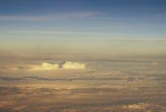 Oklarheter sikt från flygplan Royaltyfri Bild