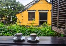 Okno antyczny dom w Hoi, Wietnam zdjęcie stock