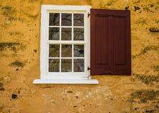 Okno i żaluzja fotografia stock