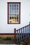 Okno i schodek zdjęcia royalty free