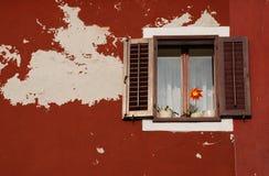 okno izola zamyka okno Zdjęcia Stock