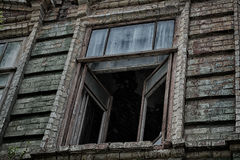 Okno stary przerażający zaniechany straszny dom w którym żyje ducha i morderstwo Zdjęcie Stock