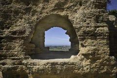 Okno w Świątynnej dolinie, Agrigento w Sicily Zdjęcia Royalty Free