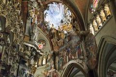 Okno w dachu katedra Toledo Obrazy Royalty Free
