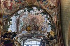 Okno w dachu katedra Toledo Zdjęcia Royalty Free
