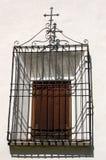 Okno z żelazo kratownicą - Engadine Szwajcaria Obrazy Stock
