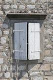 Okno z drewnianymi żaluzjami Obrazy Royalty Free